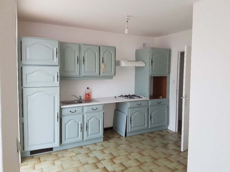 Location maison / villa Caudry 673€ CC - Photo 6