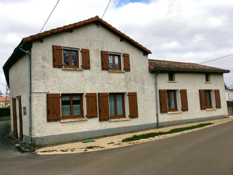 Investment property house / villa Vivonne 168000€ - Picture 1