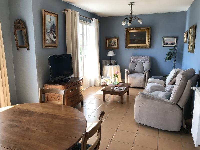 Sale house / villa Les andelys 159500€ - Picture 2