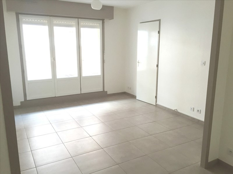 Location appartement Pau 400€ CC - Photo 1