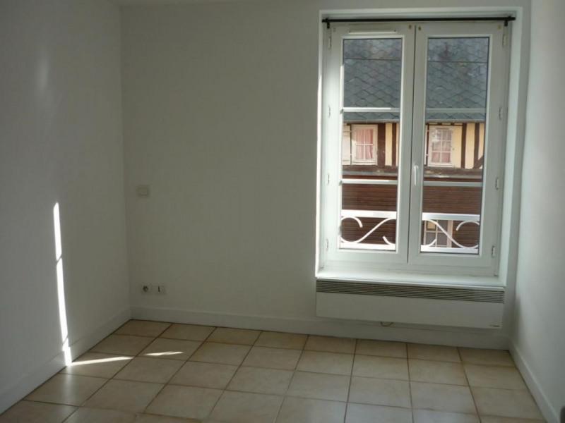 Location appartement Lisieux 375€ CC - Photo 3