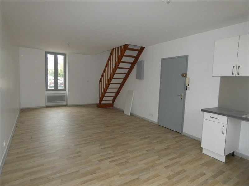 Location appartement Le teil 450€ CC - Photo 4