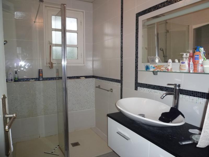 Vente maison / villa St remy en rollat 196000€ - Photo 6