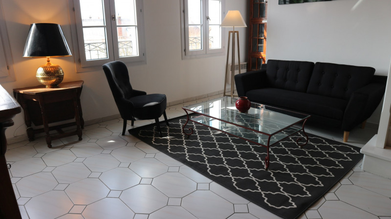 Location appartement Avon 1 420€ CC - Photo 2
