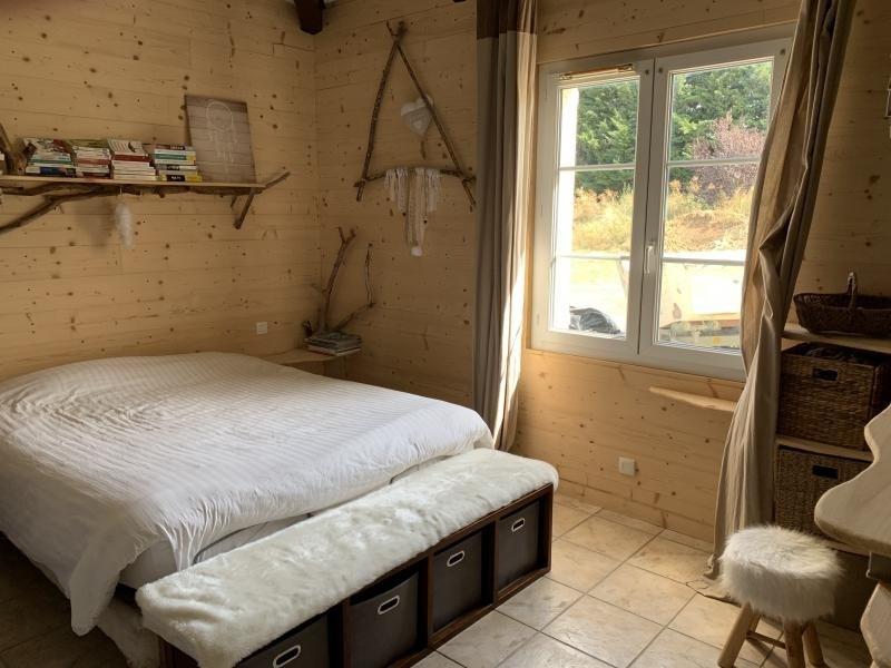 Deluxe sale house / villa Montvendre 625000€ - Picture 10