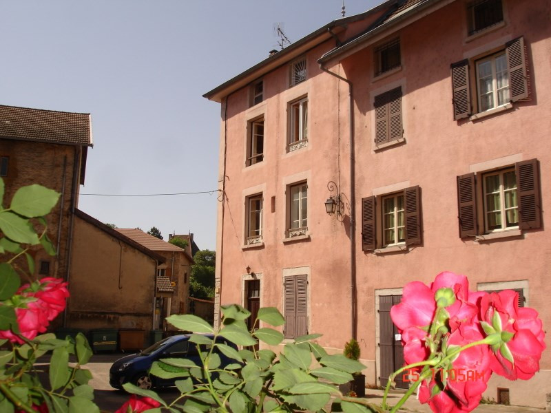 Rental apartment La balme les grottes 300€ CC - Picture 1