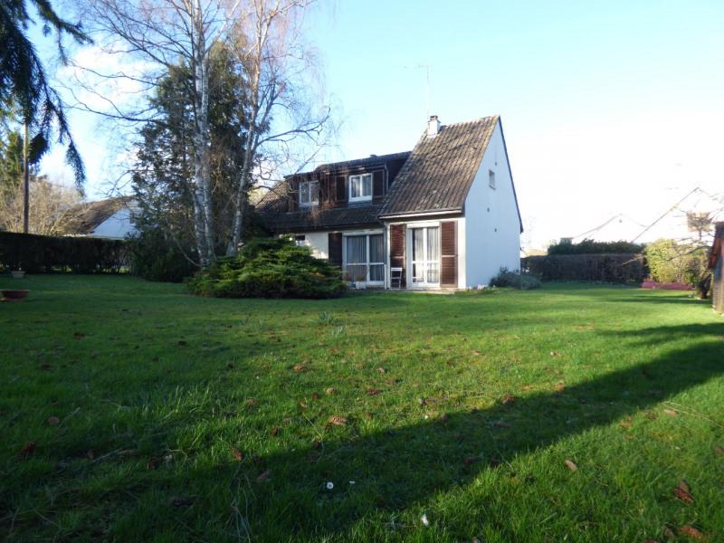 Sale house / villa Lesigny 369000€ - Picture 1