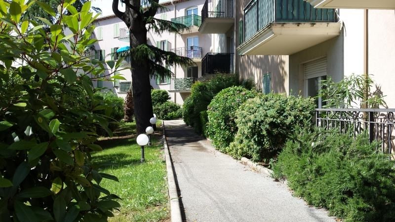 Sale apartment Le luc 89 000€ - Picture 4