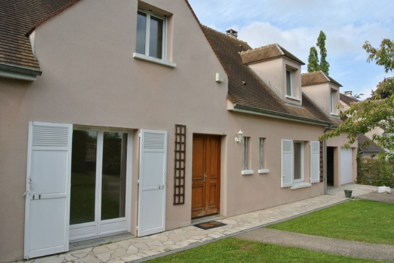 Rental house / villa Chambourcy 2915€ CC - Picture 2