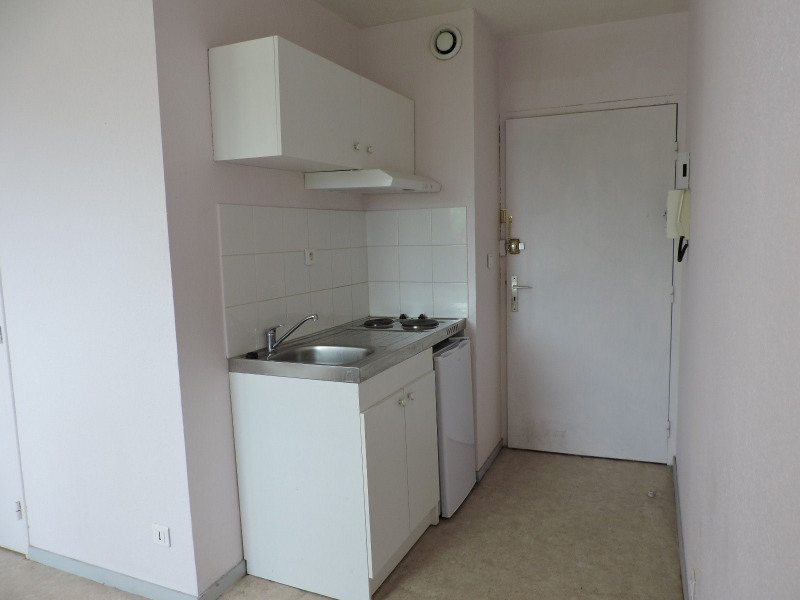 Rental apartment Agen 290€ CC - Picture 1