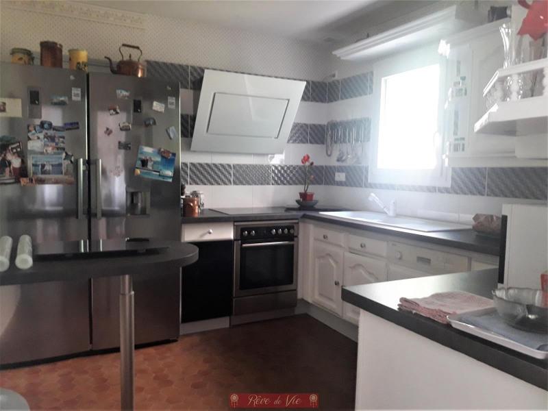 Sale house / villa Bormes les mimosas 490000€ - Picture 4