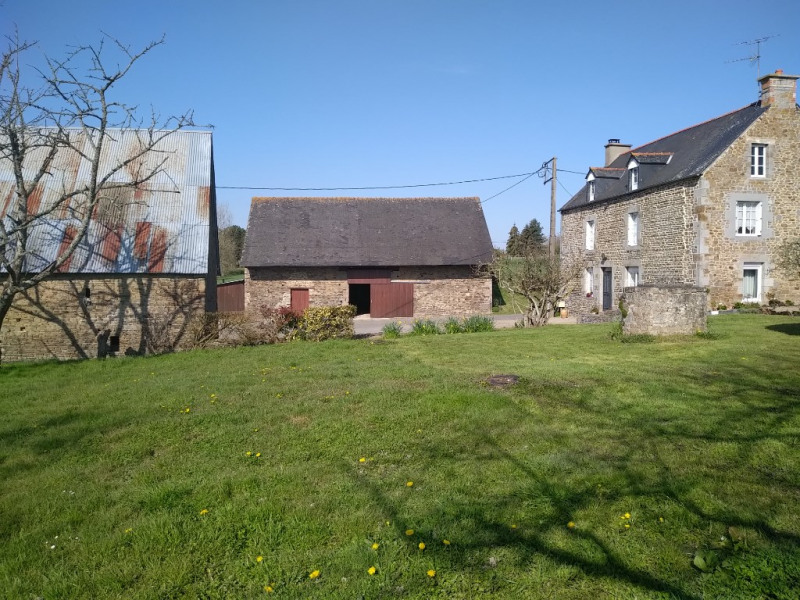 Sale house / villa Pleine fougeres 205 440€ - Picture 1