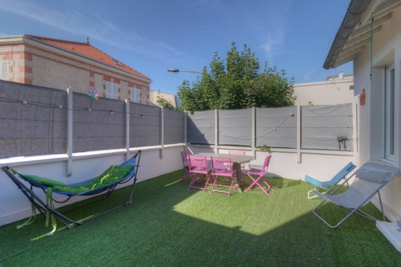 Sale house / villa Le vesinet 949000€ - Picture 2