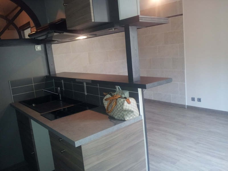 Rental apartment Maurecourt 495€ CC - Picture 3