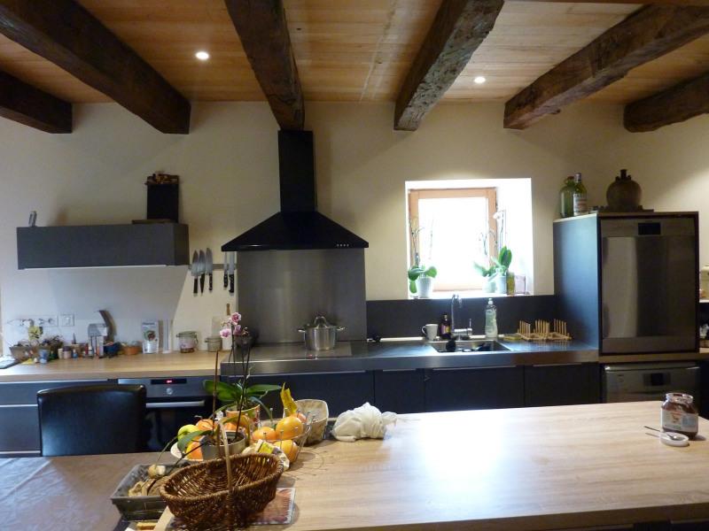 Deluxe sale house / villa Castels 588000€ - Picture 2