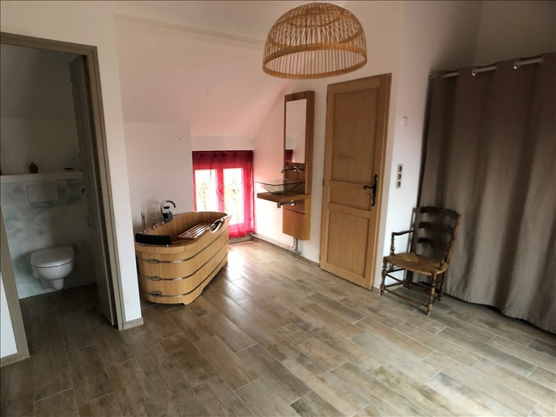 Sale house / villa Montfort l amaury 395000€ - Picture 4