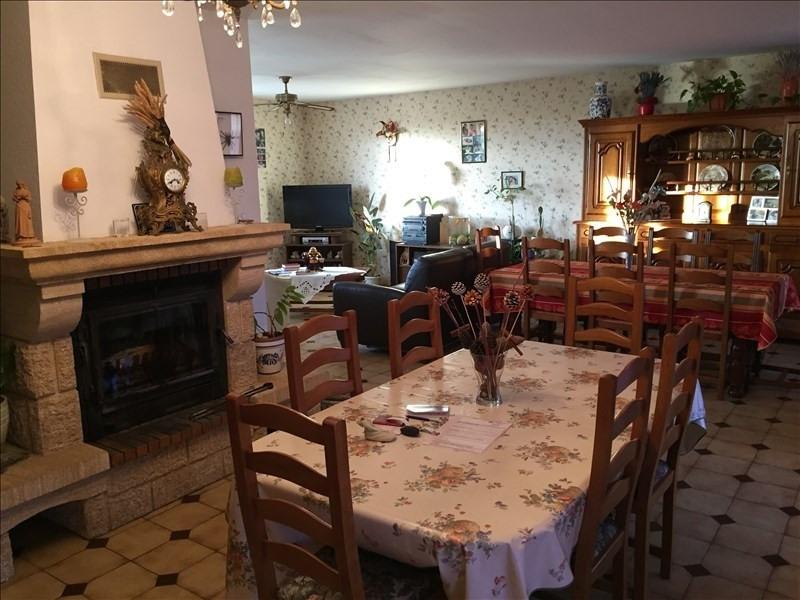 Sale house / villa La villedieu du clain 294000€ - Picture 4