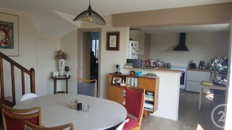 Sale house / villa St arnoult 323 000€ - Picture 3