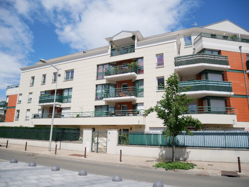 Sale apartment Poissy 259 500€ - Picture 1