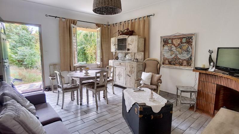 Location maison / villa Aix en provence 1300€ CC - Photo 4