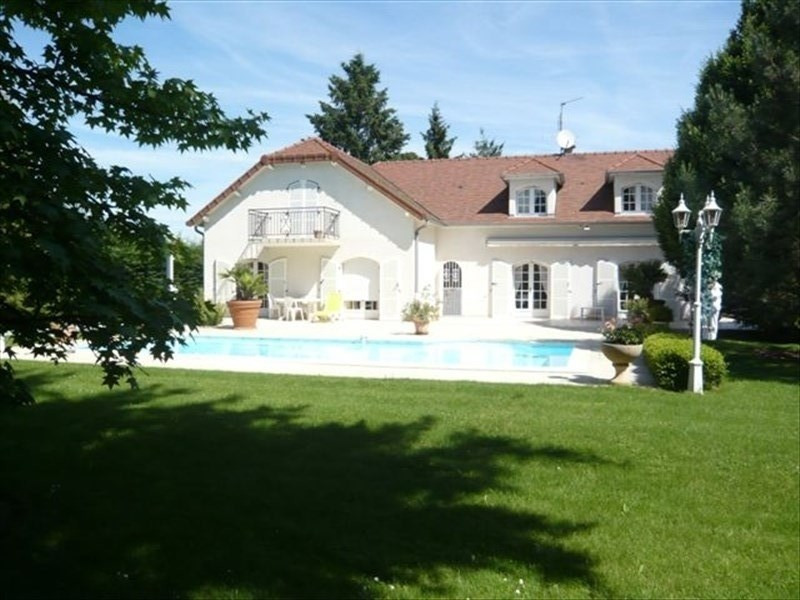 Sale house / villa Riorges 470 000€ - Picture 1