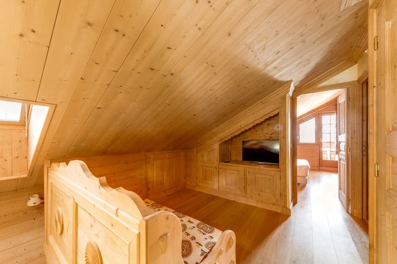 Deluxe sale apartment Meribel 1 395 000€ - Picture 5