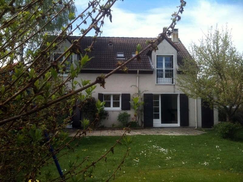 Rental house / villa Montigny le bretonneux 2040€ CC - Picture 5