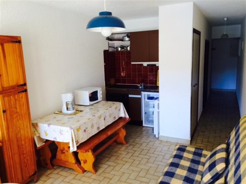 Vacation rental apartment Cavalaire 300€ - Picture 3