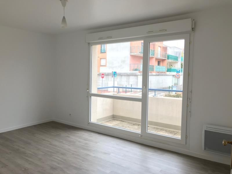 Sale apartment Plaisir 132 500€ - Picture 3
