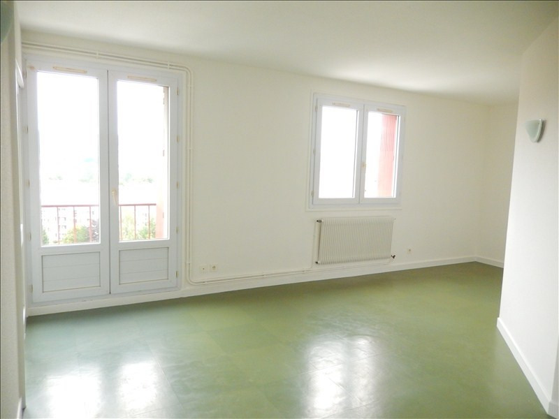 Rental apartment Le puy en velay 366,79€ CC - Picture 1