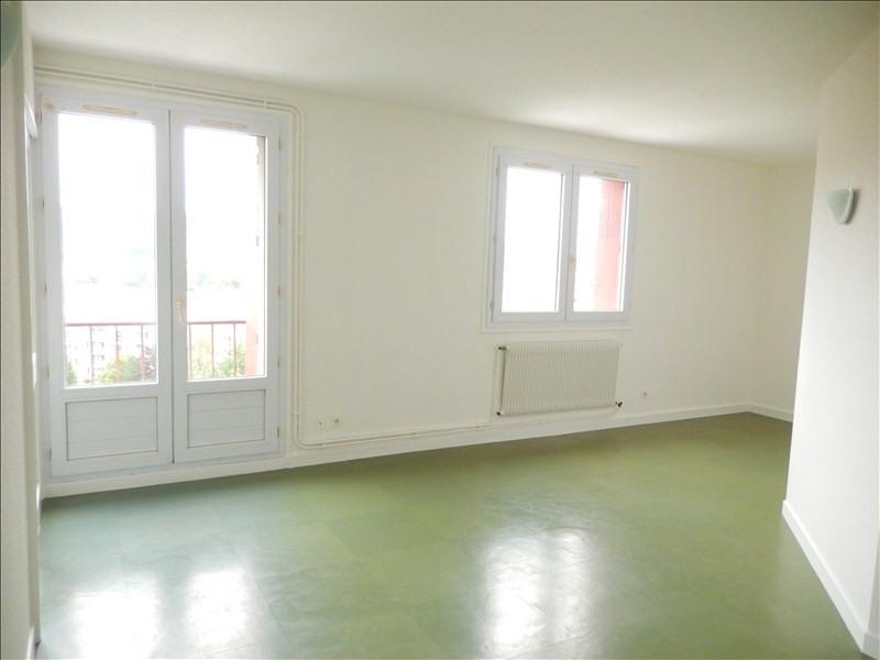 Location appartement Le puy en velay 366,79€ CC - Photo 1