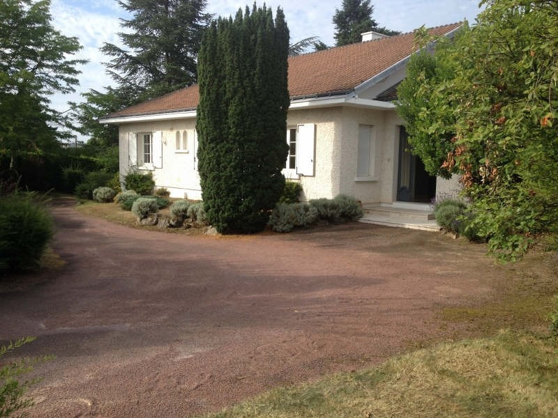 Sale house / villa Cholet 367330€ - Picture 1