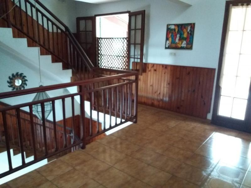Sale house / villa La possession 425000€ - Picture 8
