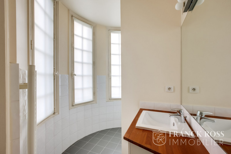 Location appartement Paris 17ème 5 168€ CC - Photo 12