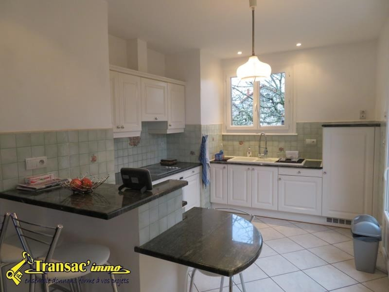 Sale house / villa Puy guillaume 149100€ - Picture 3