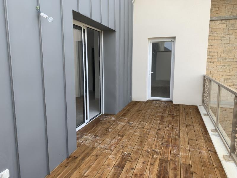 Location appartement Laissac 570€ CC - Photo 1