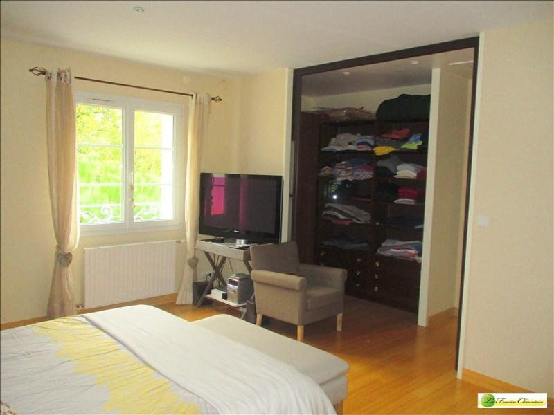 Vente maison / villa Voeuil et giget 424000€ - Photo 12