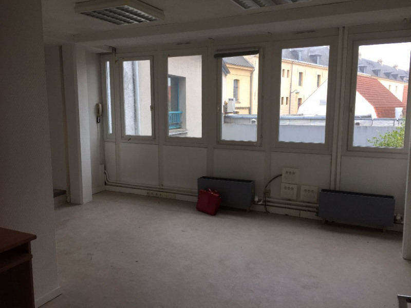 Rental empty room/storage Saint omer 1 200€ HC - Picture 4