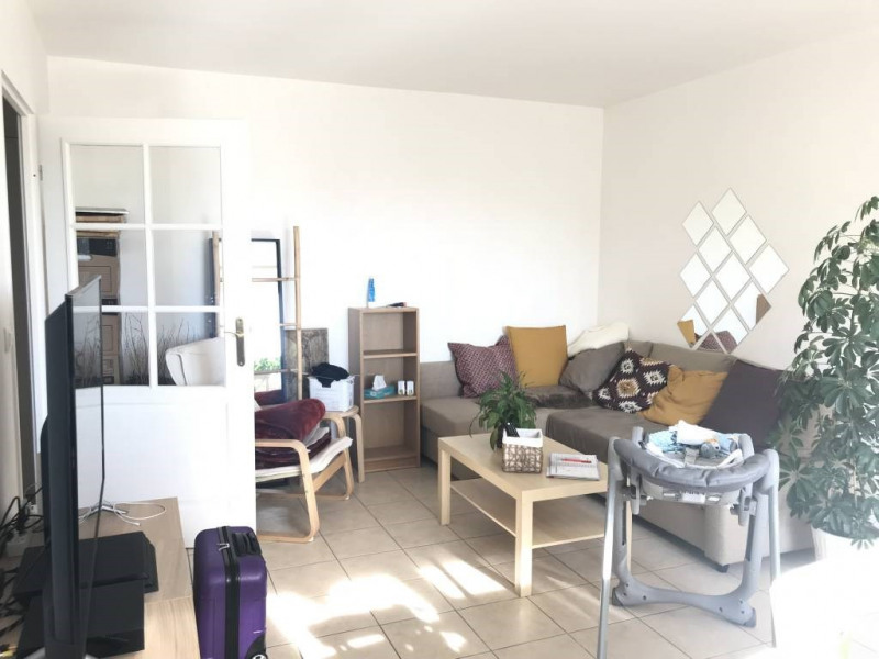 Rental apartment Breuillet 699€ CC - Picture 2