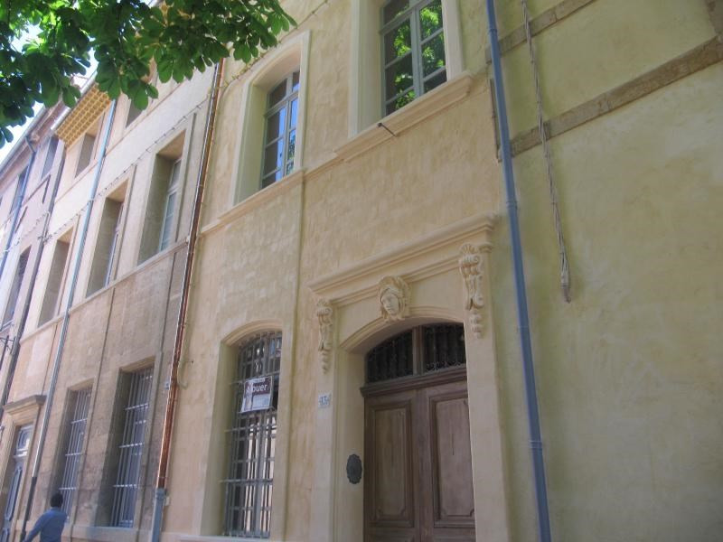 Location appartement Aix en provence 1 127€ CC - Photo 2