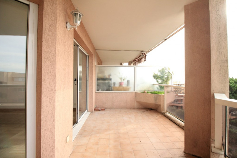 Sale apartment Nice 400 000€ - Picture 1