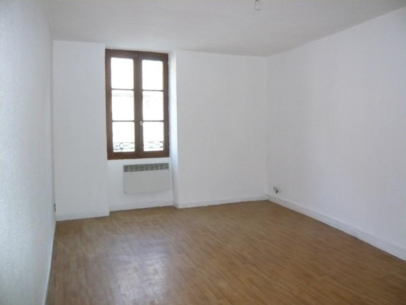 Rental apartment Cremieu 525€ CC - Picture 3