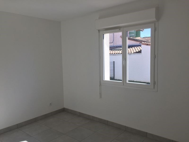 Location maison / villa Pibrac 1 020€ CC - Photo 4