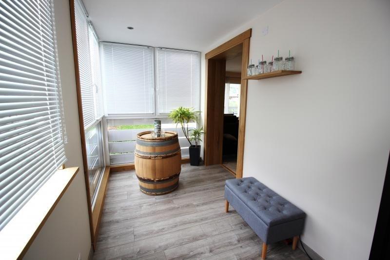 Sale apartment Marignier 230000€ - Picture 2