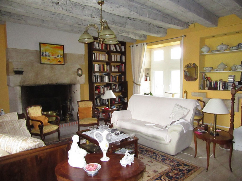 Sale house / villa Bassillac et auberoche 318000€ - Picture 5