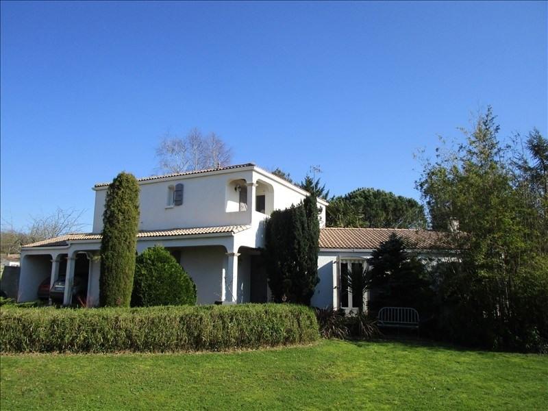 Sale house / villa La creche 270000€ - Picture 1