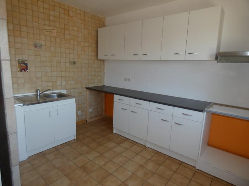 Sale house / villa Pezens 135000€ - Picture 2