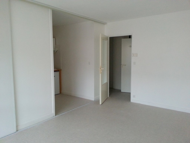 Location appartement La rochelle 550€ CC - Photo 2