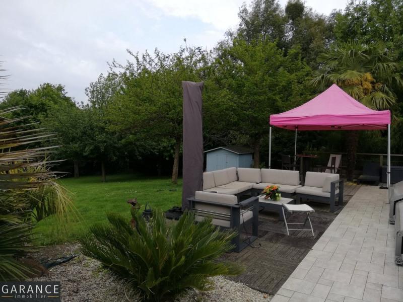 Deluxe sale house / villa Sautron 662000€ - Picture 1