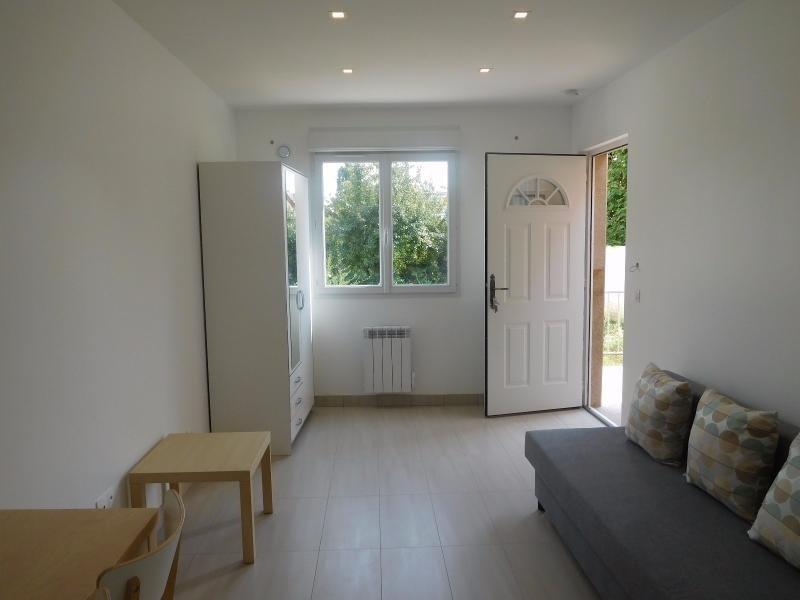 Rental apartment Fontenay sous bois 780€ CC - Picture 1